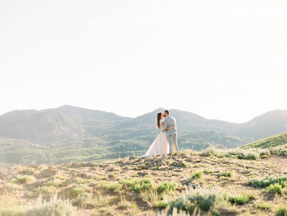 mountain-bridals_lindseystewartphotography_0039.jpg