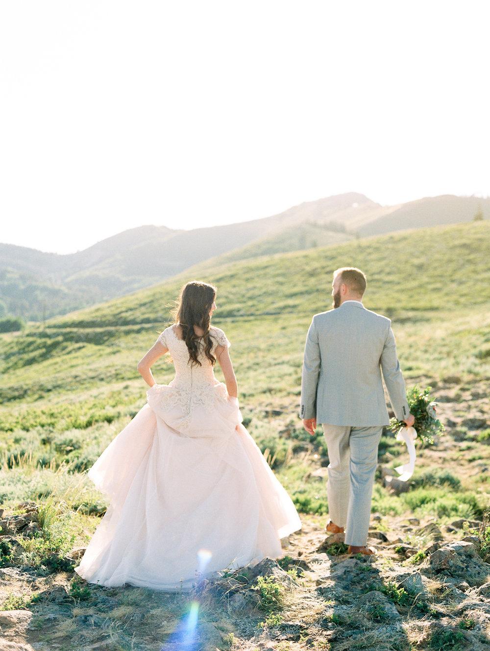 mountain-bridals_lindseystewartphotography_0047.jpg
