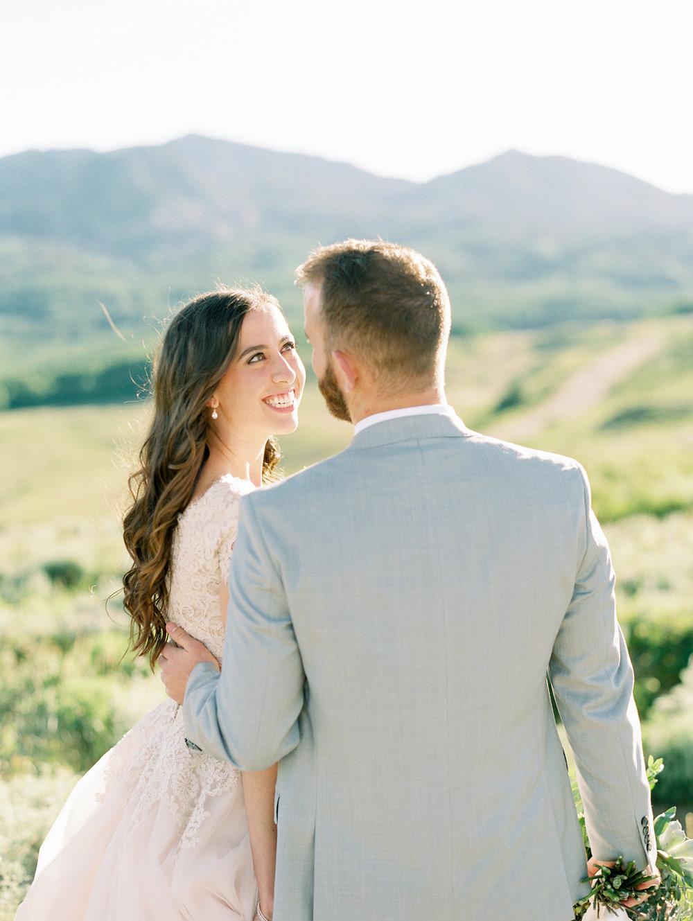 mountain-bridals_lindseystewartphotography_0049.jpg