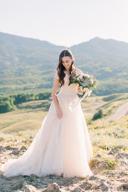 mountain-bridals_lindseystewartphotography_0056.jpg
