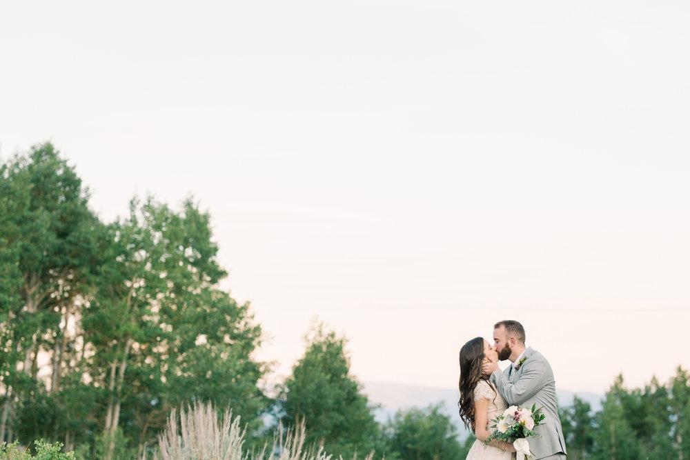 mountain-bridals_lindseystewartphotography_0068.jpg