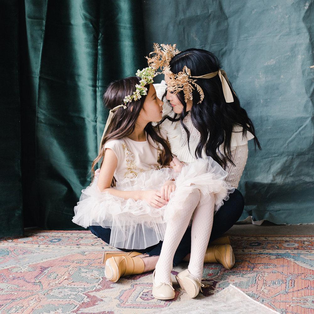 Holiday Mini Session - Katie and Ailia