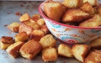 Homemade-croutons-vegan+vicki-urban-sweetness.jpg
