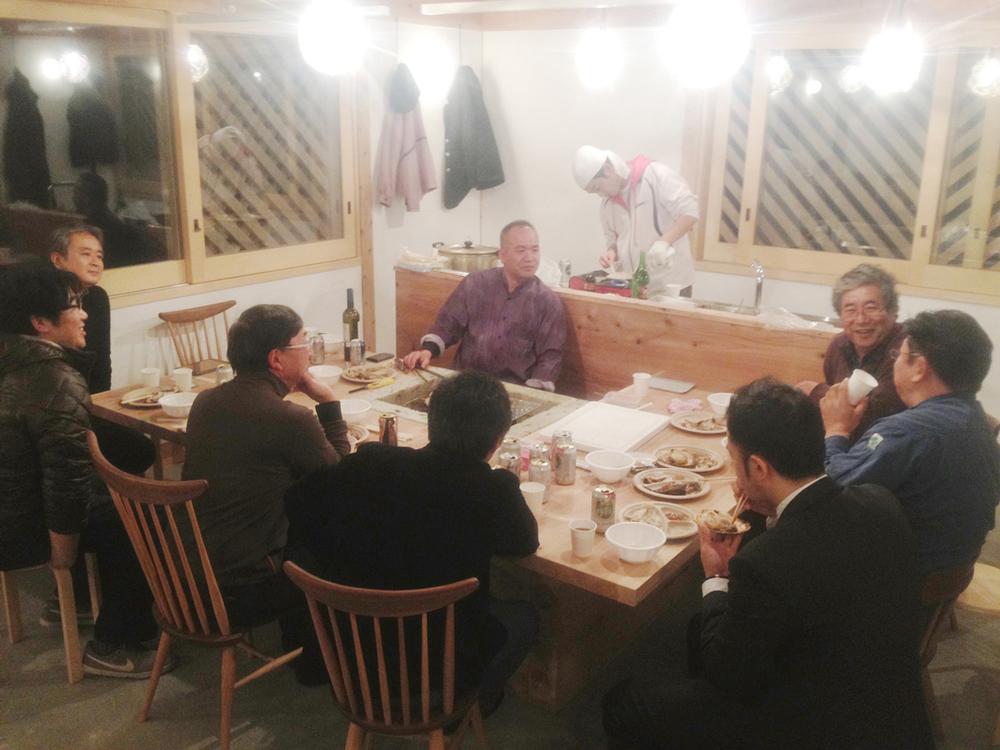釜石で獲れた魚介を肴に懇親会.jpg