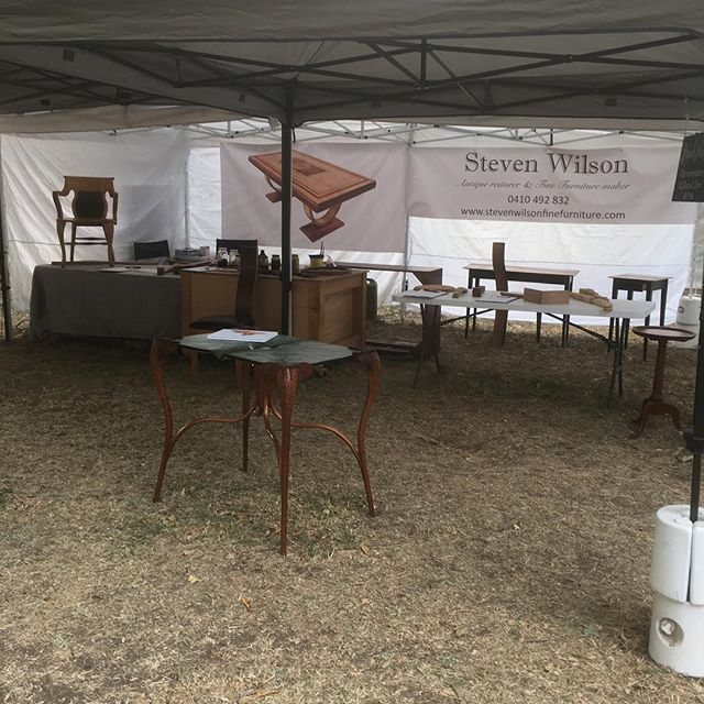 Before the crowds enter for day 2 at the Lost Trades Fair. This was the only time I had to see how my stand looked and I'd why I'm posting after the event. It's a great event to be a part of. #losttradesfair #frenchpolishing #kyneton