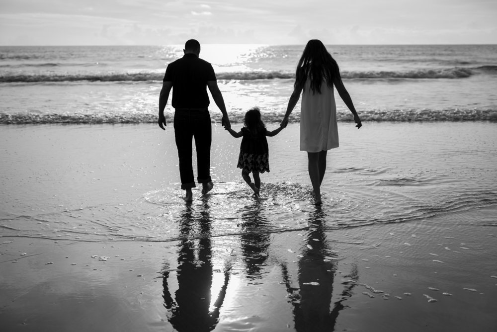 beachfamilyphotos-kristingroverimages2.jpg