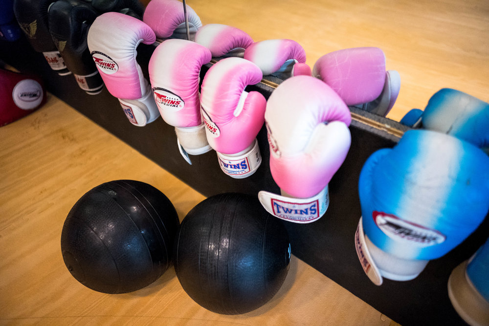 A row of boxing gloves. Leica 24mm f/1.4 Summilux ASPH. Canon 0, Leica 1, Nikon 0