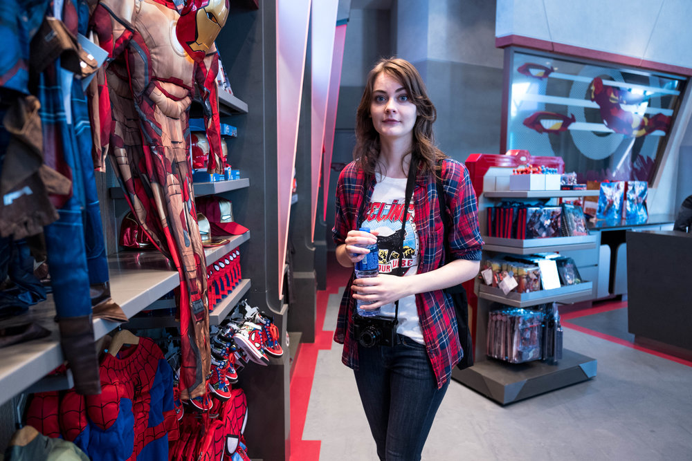 A quick turn around shot at the Marvel gift shop. The autofocus was able to select focus in auto mode. I guess I was close enough for the face detection to get sufficient contrast.