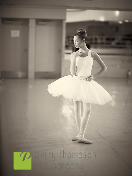bandw dance6725-2.jpg