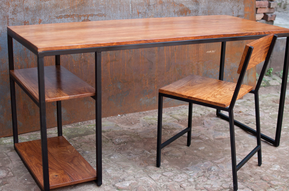 Working table in Rosewood