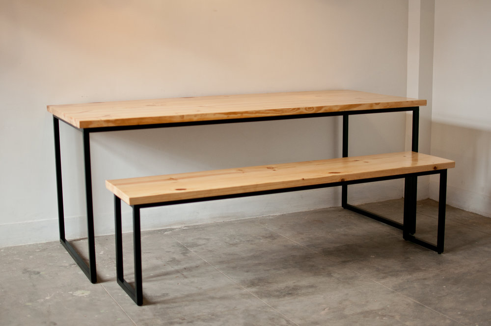 Extra Large size (XL) - Pinewood - With bench