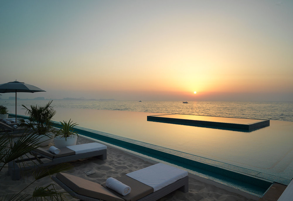 Burj-al-Arab-terrace-beach-pool-.jpg