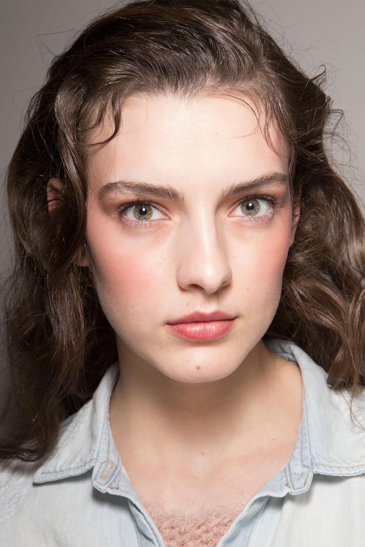 hbz-makeup-trends-fw2017-pretty-in-pink-nina-ricci-bks-z-rf17-8395_1.jpg