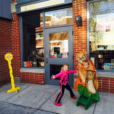 Beacon Reads Bookstore, Friends of the Howland Public Library