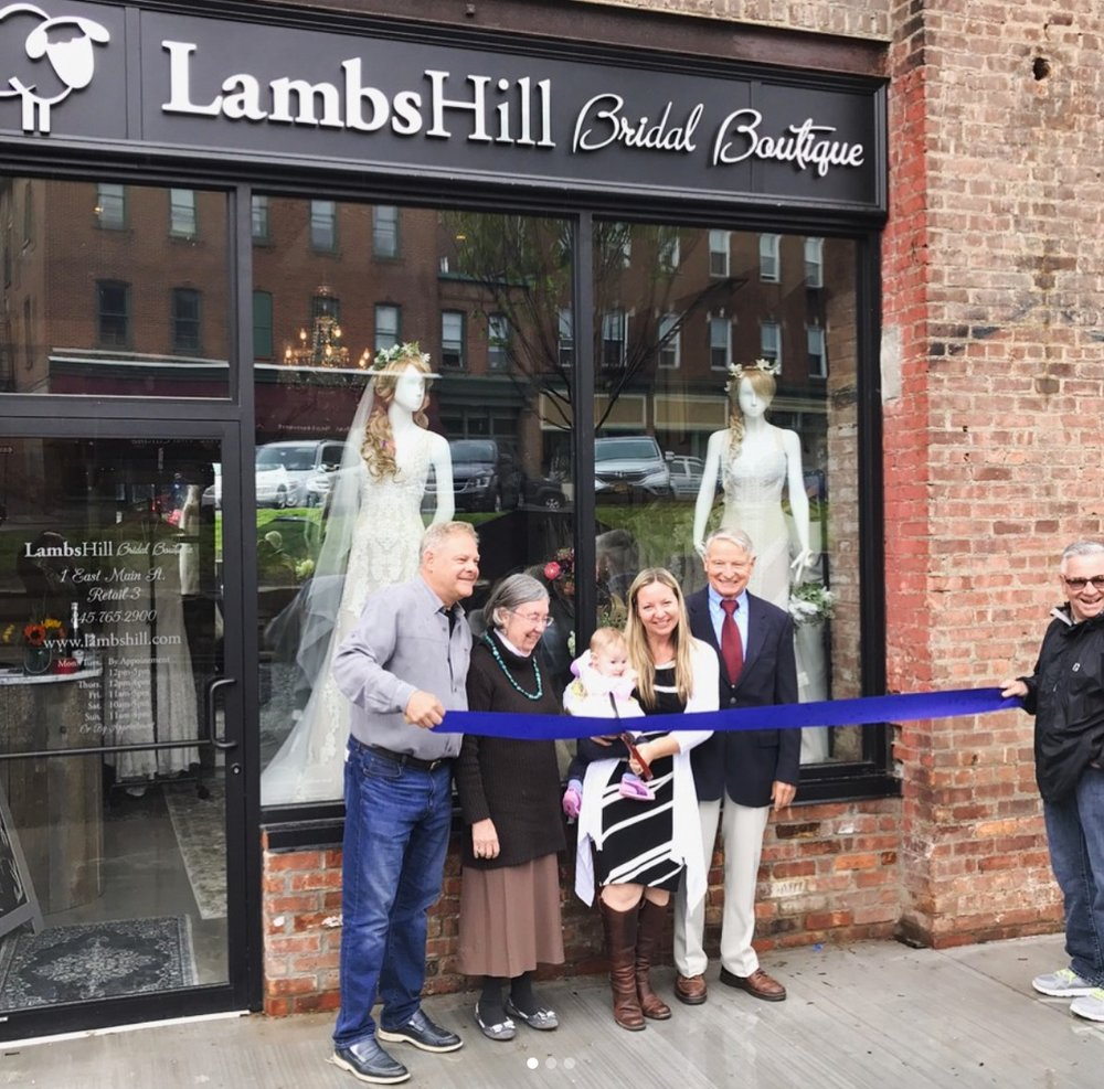 Ribbon cutting for Lambs Hill Boutique
