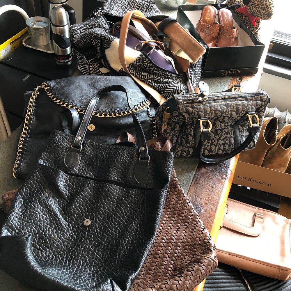 amy wa popup purses.jpg