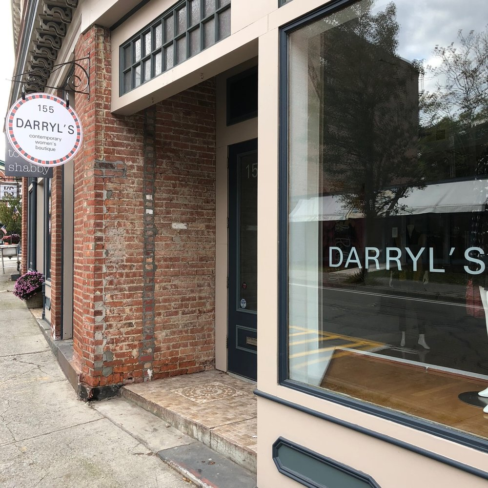 Newest shop, Darry'l's Contemporary Women's Clothing, opened in former Nella's Bellas, which had been Global Home.  Photo Credit: Katie Hellmuth Martin