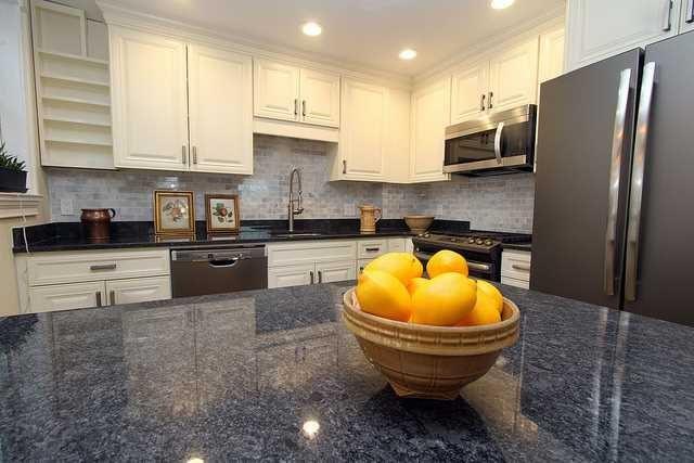119 howland kitchen counter.jpg