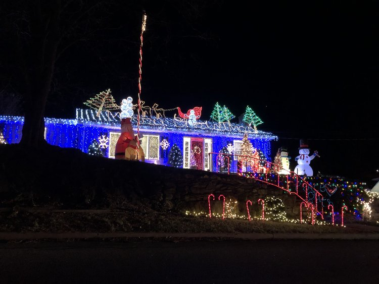 This house is a professional Griswold. Wait for the other side...