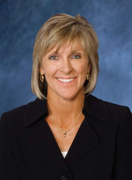 Susan S.   Lanigan   served as Executive Vice President, General Counsel, at Dollar General Corporation for more than 11 years. She is an active member of the Nashville civic community and serves in a variety of leadership positions, including: Member, Dollar General Literary Foundation; Board of Nashville Public Radio; Member, Executive Committee, Board of Nashville Area Chapter of the American Red Cross; Member, Board of Metropolitan Nashville Chamber of Commerce; and Member, Board of Tennessee Performing Arts Center.