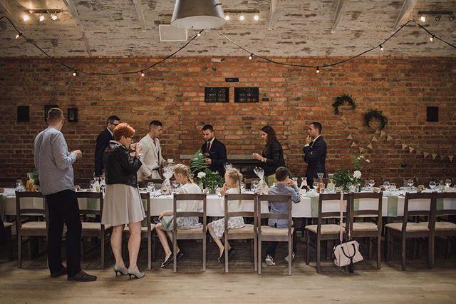 Przyjęcie weselne w stylu slow czy szalona zabawa do białego rana? A może połączenie obydwu opcji? ☺️💃🏼🌿