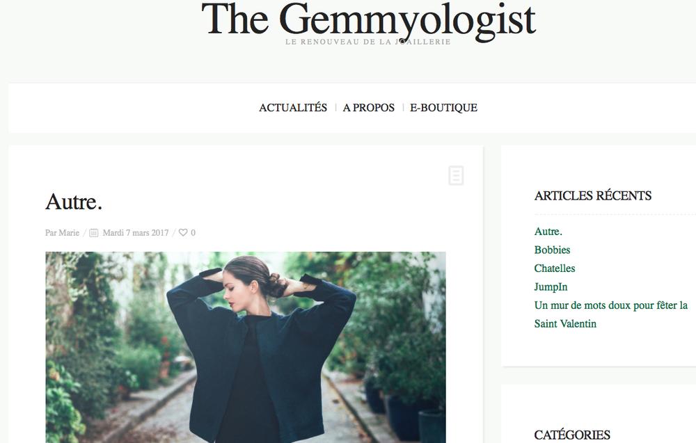 Suite à une collaboration sur leur collection été 2017 avec la marque de joaillerie Gemmyo, le blog de la marque interviewe la créatrice sur l'histoire d'autre. sur son blog The Gemmyologist !