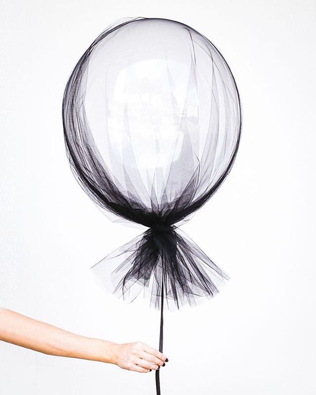 Elegance : nothing but what's essential, wrapped with beauty and simplicity. ❤️️ #style #fashion #inspiration #autre #balloon #transparent #tulle #beauty #simplicity #parisian