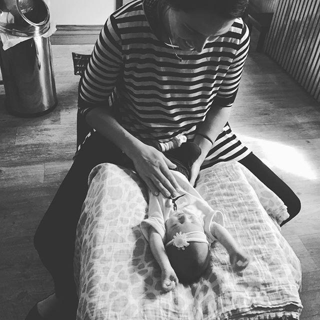 Another amazing #mintbaby getting their first adjustment! I am so grateful that I get the opportunity to impact these babies' health and beautiful lives before they even enter this world. #chirokids #chirolove #mintcondition #happyhealthy