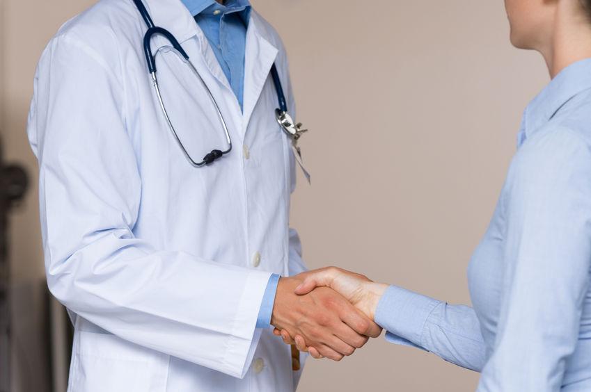 64702107_M_Doctor_Patient_Handshake.jpg