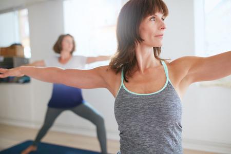 45175399_S_yoga_women_stretching_senior.jpg