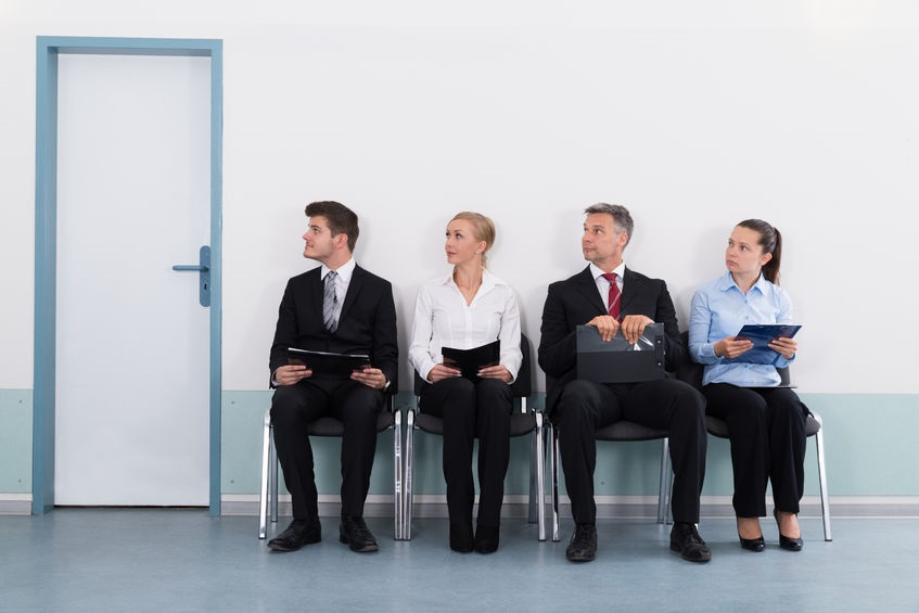 46805151_M_People_Waiting_Job_Interview_.jpg