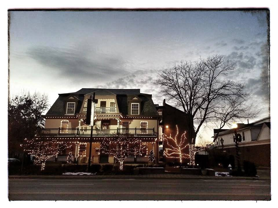 worthington inn.jpg