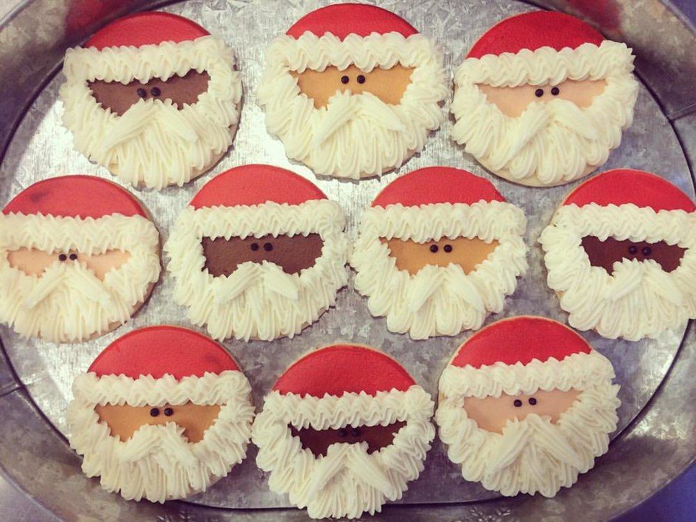 santa cookie.jpg