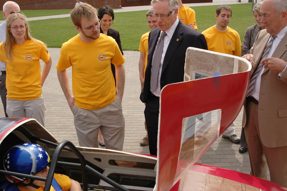 Showing off Centaurus to University of Minnesota President Robert Bruininks.