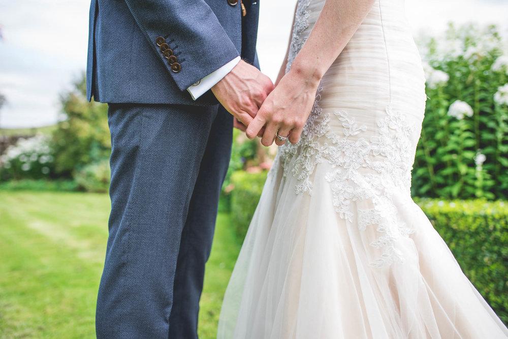 Peak+district+farm+wedding+lower+damgate+photographer-90.jpg