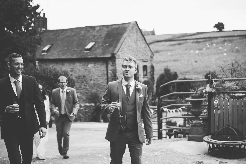 Peak+district+farm+wedding+lower+damgate+photographer-148.jpg