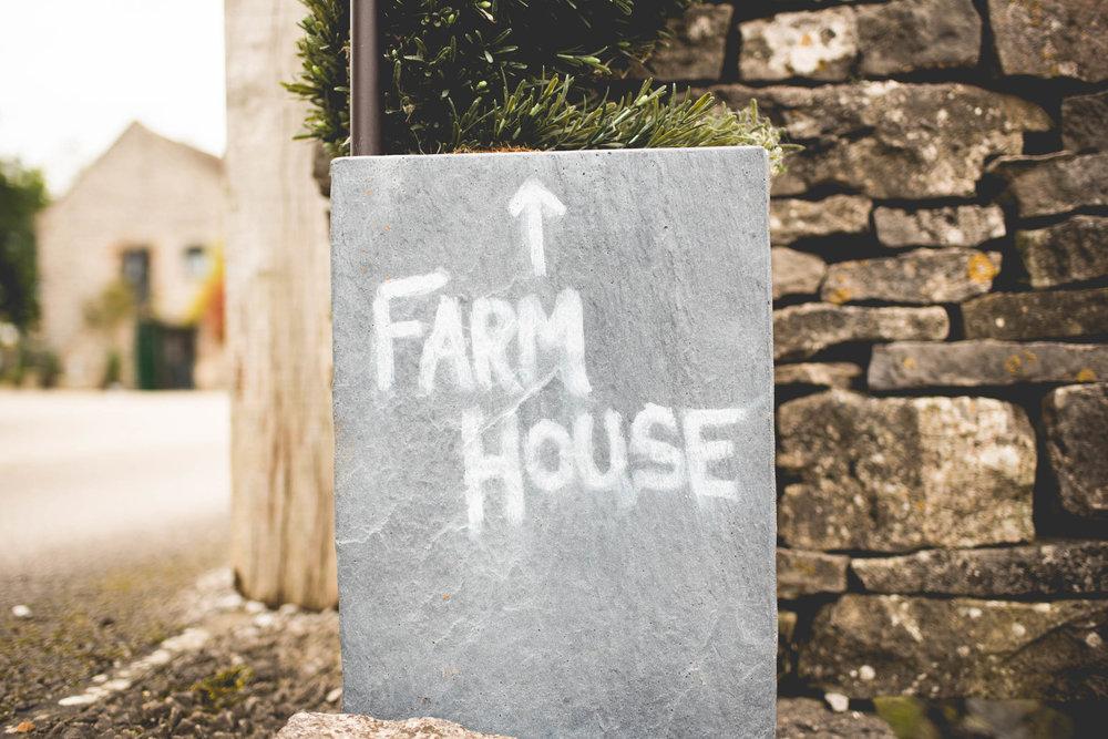 Peak+district+farm+wedding+lower+damgate+photographer-3.jpg
