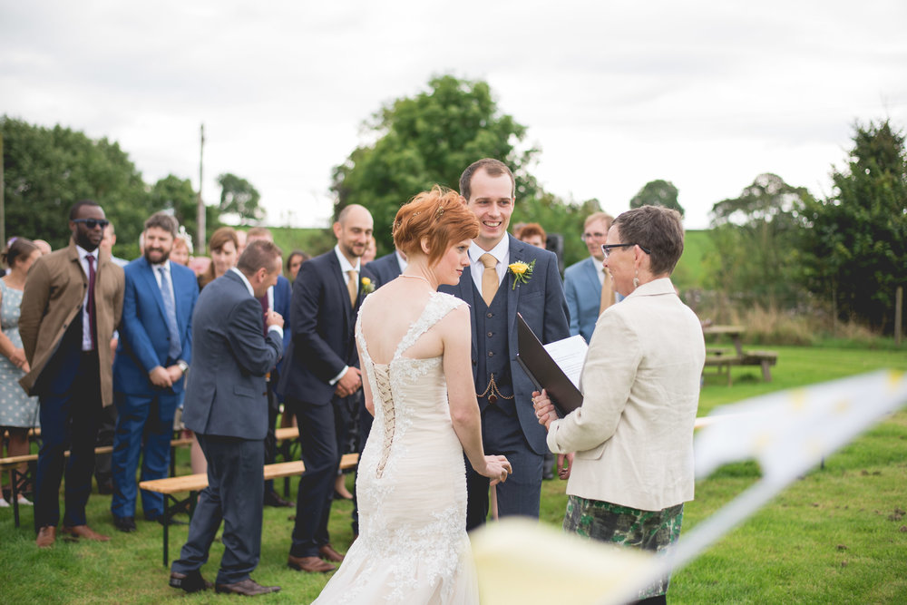 Peak+district+farm+wedding+lower+damgate+photographer-119.jpg