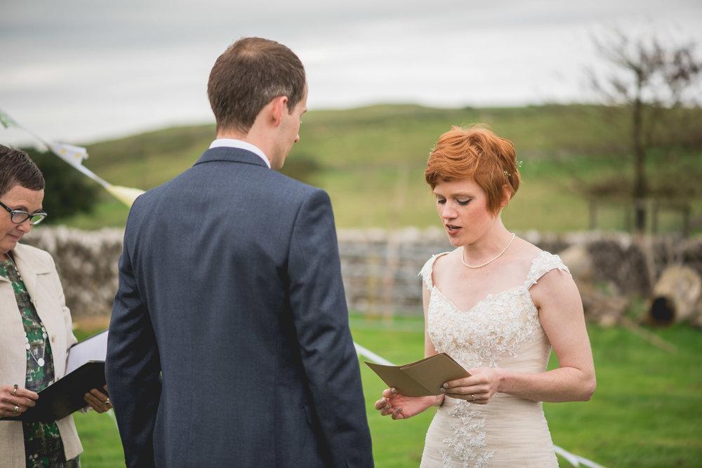 Peak+district+farm+wedding+lower+damgate+photographer-138.jpg