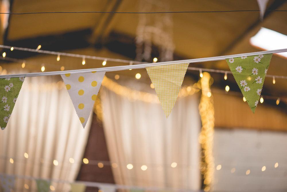 Peak+district+farm+wedding+lower+damgate+photographer-162.jpg