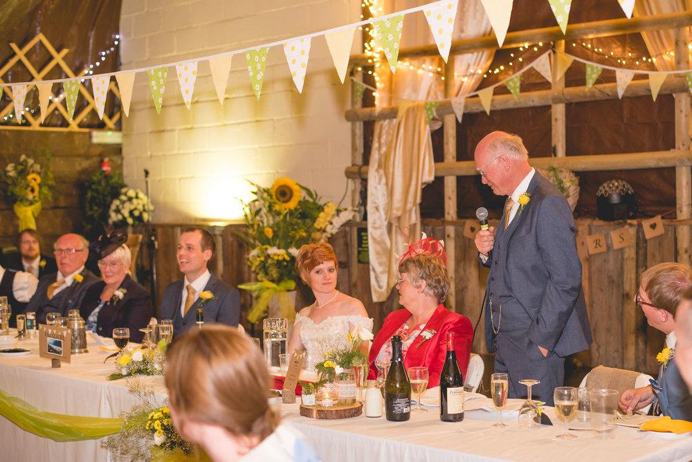 Peak+district+farm+wedding+lower+damgate+photographer-208.jpg