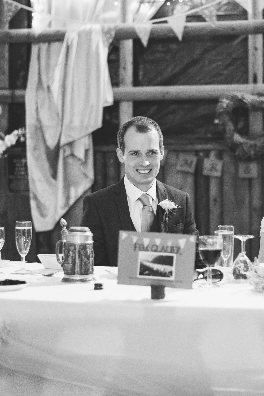 Peak+district+farm+wedding+lower+damgate+photographer-216.jpg
