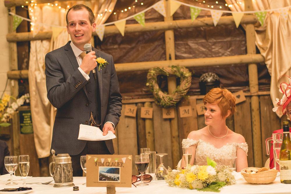 Peak+district+farm+wedding+lower+damgate+photographer-224.jpg