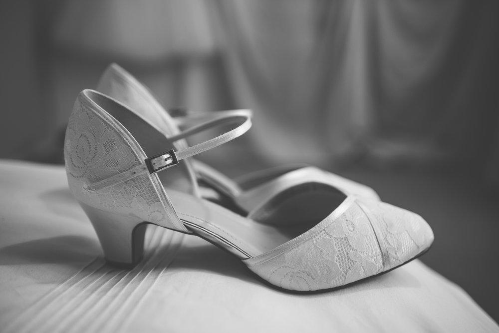 The+Fairlawns+wedding+Aldridge+StLukes+Church-16.jpg