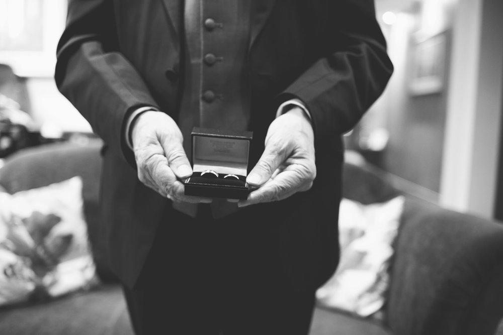 The+Fairlawns+wedding+Aldridge+StLukes+Church-46.jpg