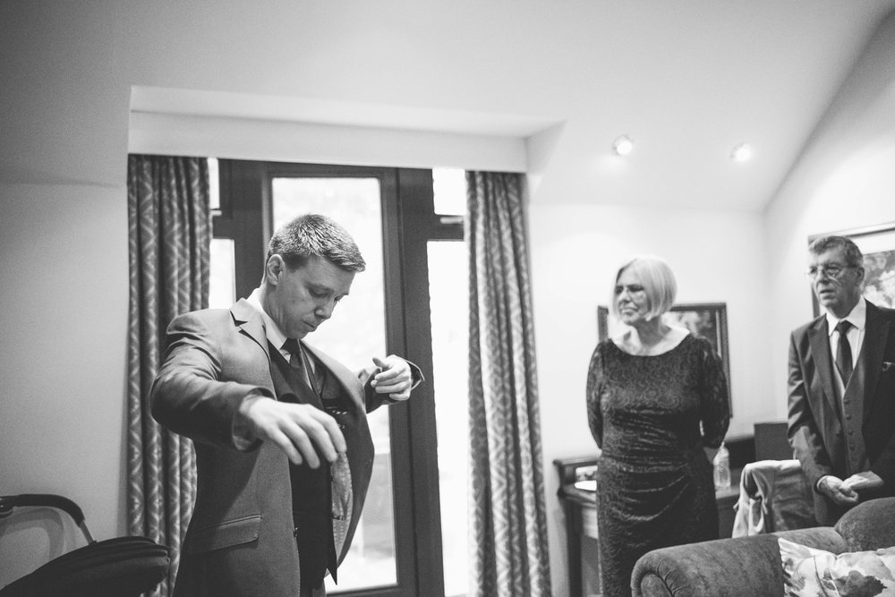 The+Fairlawns+wedding+Aldridge+StLukes+Church-45.jpg