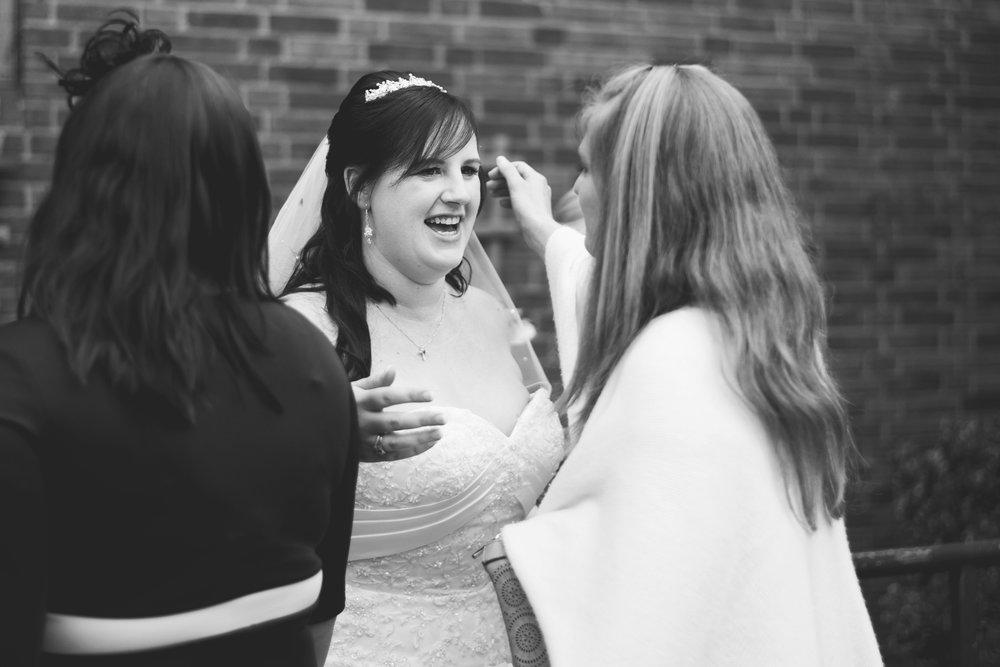 The+Fairlawns+wedding+Aldridge+StLukes+Church-111.jpg
