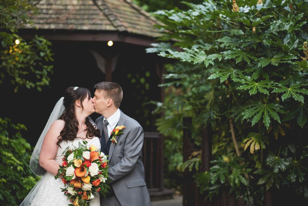 The+Fairlawns+wedding+Aldridge+StLukes+Church-153.jpg