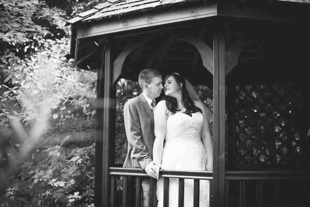 The+Fairlawns+wedding+Aldridge+StLukes+Church-161.jpg