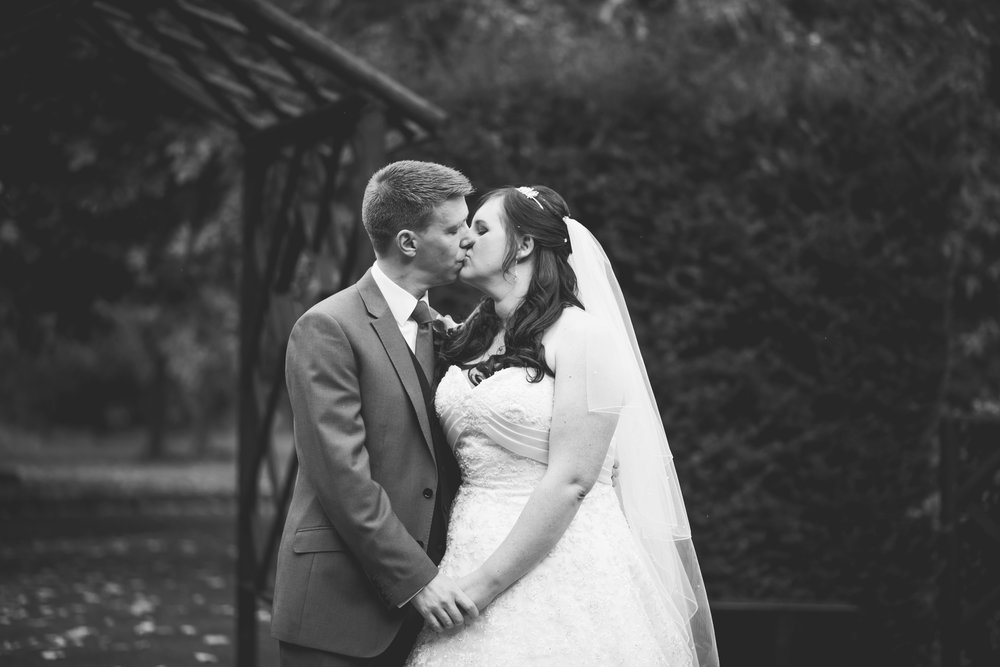 The+Fairlawns+wedding+Aldridge+StLukes+Church-171.jpg